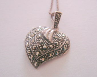 Sterling Marcasite Heart Pendant & Chain / Designer Signed SU / 4.9 Grams / Vintage Jewelry / Jewellery