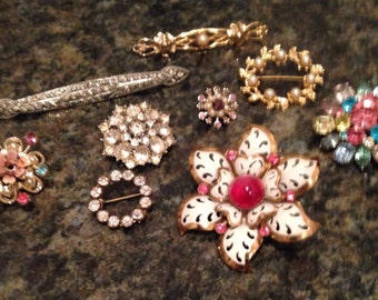 LOT of 9 Vintage Brooches, Coro, Bar