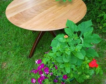 41 inch Cherry / Walnut Walking Table © 2008 and Pretty Posies
