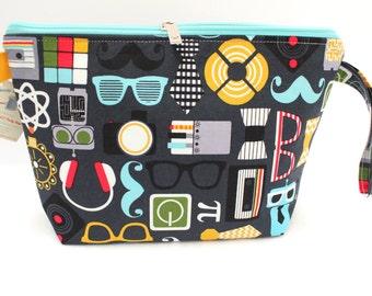 Mod Geek, nerd fabric. Large Clutch zipper bag, Knitting bag great for hexipuffs and mochi mochi. Knitting Project Bag, Crochet Project Bag.