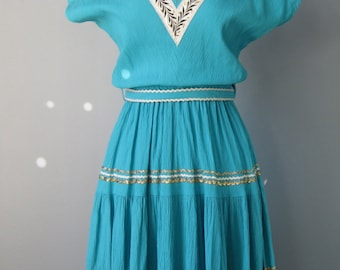 Turquoise Square Dance Dress / Vtg / Wheat Trim / Gold and White rick rack trim / Square Dancing Dress