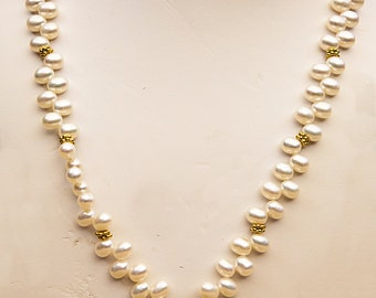 Pearl Necklace with Canary Quartx Pendant