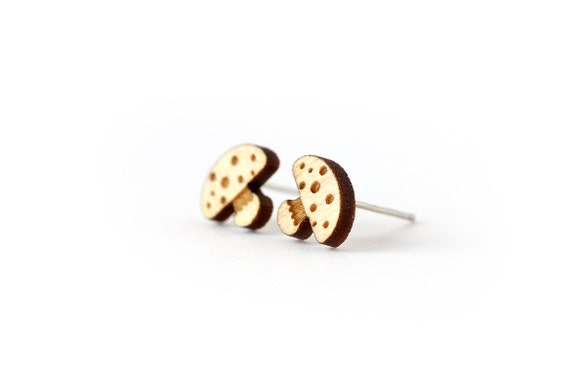 Mushroom studs - tiny earrings - automn posts - fall jewelry - graphic jewellery - lasercut maple wood - hypoallergenic surgical steel