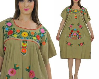 Vintage 70s floral embroidered oaxacan dress boho hippie festival Mexican dress