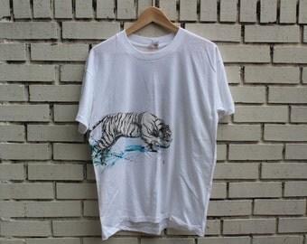 Vintage WHITE TIGER Shirt safari savannah hunt vtg tiger outdoor outback wildlife