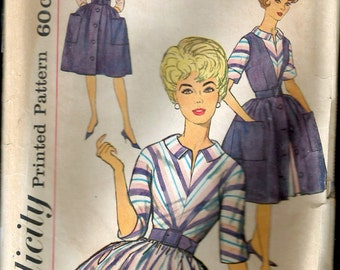 Vintage 1961 Simplicity 4092 Junior One-Piece Dress & Jumper Sewing Pattern Size 11 Bust 31 1/2""
