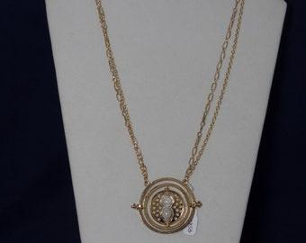 Harry Potter Time Turner Necklace (Gold)