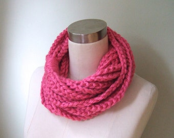 Neon Pink Scarf .. Knit Chain Scarf .. Scarf Necklace .. Hot Pink Scarf .. Bright Pink Scarf .. Knit Circle Scarf .. Eternity Scarf .. Gift
