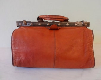 Stunning Vintage French Leather Doctor's Bag - Travel Bag - Carry On Bag - Aged Mahogony  Leather - Very Good Condition