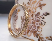 RESERVED for Pippa. Art Deco, Solid 18K Yellow Gold Wedding Band. Unique bold crisscross pattern with sweet orange blossom flowers inbetween