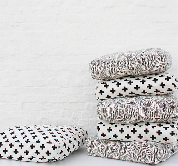 Lines Pattern Floor Cushion Modern Dog Bed Pouf Cover