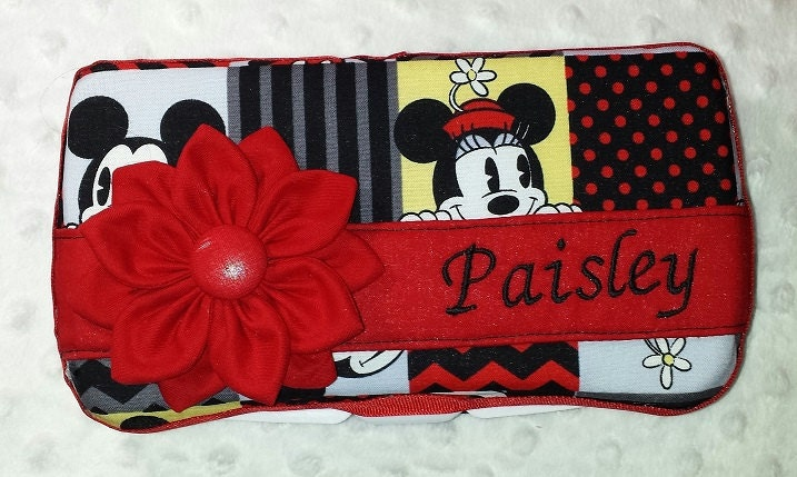 Diaper Wipes Case In Vintage Style Mickey And Minnie Mouse