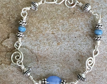 Glass and Bali Beads in blue, Sterling silver, bracelet!