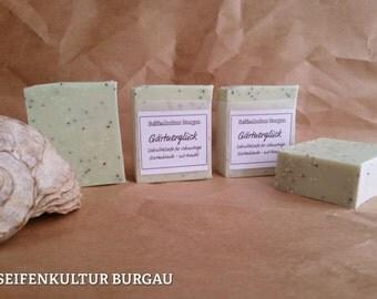 "Peeling SOAP ""Gardener lucky"" with Aloe Vera + hemp seed oil"
