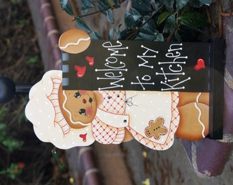 Gingerbread Baker Interchangeable Paper Towel Insert - Seasonal Wood Home Decor - Kitchen Decoration