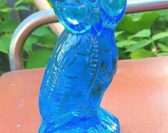 Mosser light blue art glass OWL figural paperweight figurine