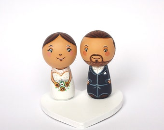Personalized wedding cake topper Personalized cake topper Kokeshi cake topper figurine Bride and groom cake topper people Peg doll topper