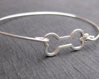 Dog Bone Bangle Bracelet, Pet Bracelets, Dog Jewelry, Dog Lover Bracelets, Pet Lover Jewelry, Sterling Silver Bangle Bracelet, Dog Bones
