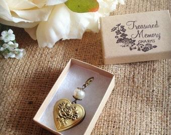Photo bouquet charm / locket with clip - bronze