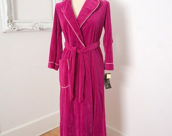 Unworn Vintage Magenta Hot Pink Velour Ladies Robe Sz X Small