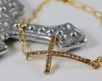 Cubic Zirconia 14K Gold Sideways Cross Bracelet