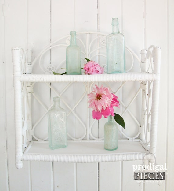 Vintage white wicker wall shelf or stand bathroom storage for Wicker stands bathrooms