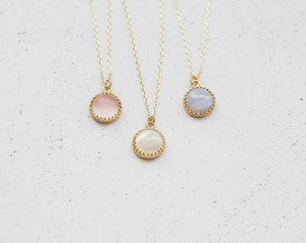 SPRING EDITION - Dainty Gemstone Brass Pendant Necklace In Gold