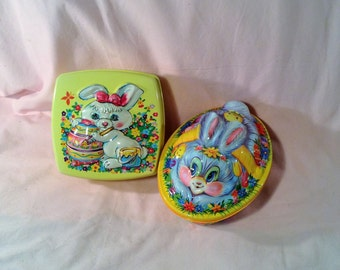 Pair of Plastic Easter Bunny Boxes, Containers with Lids - Bunny Rabbit, Chicks, & Easter Eggs - Candy or Cookie Storage, Gift Boxes