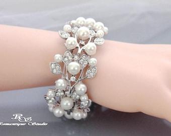 Pearl Bridal bracelet vintage style wedding bracelet pearl rhinestone bracelet art deco bracelet bridal jewelry bridal accessories B0111