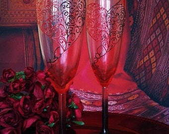 Red and black Wedding Glasses Champagne Flutes Set of 2 Lace Heart design