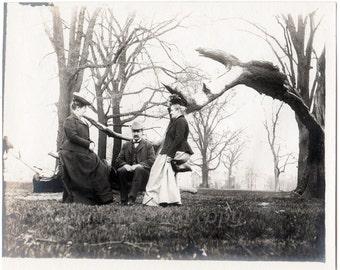 Victorian Fashion ~ Vintage Photograph ~ 1890's life in America  ~ medium format snapshot photo