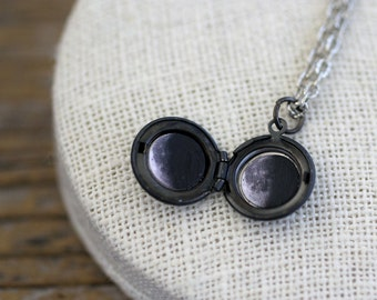 Moon Locket, Phases of the Moon, Moon Phases, Moon Phase Necklace, Moon Necklace, Moon Phases Locket, Space Locket, Solar System Necklace