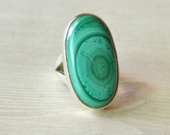Notch Malachite Ring // Malachite Jewelry // Sterling Silver // Village Silversmith