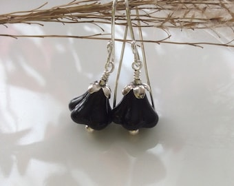 Black Glass Earrings / Glass Flower Earrings / Black Glass Flower Earrings / Sterling Silver Earrings / Glass Dangles