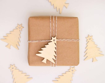 Wooden Christmas Tree Gift Tags - Set of 10