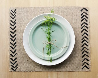 Burlap Placemats with Hand-Printed Chevron Detail in Black.  Set of 4 or 6 Rustic Chic Placemats.