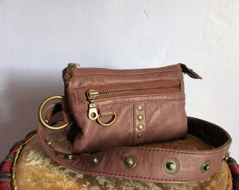 Belt Brown studded leather bag