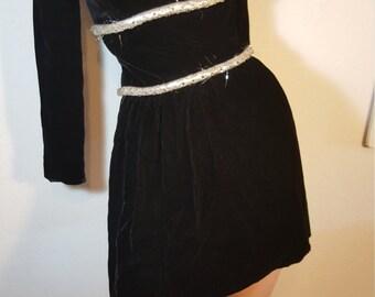 FREE  SHIPPING   Vintage Mod Velvet Mini Dress