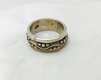 Vintage Sterling Silver Rotating Middle Ring - Size 8.75 - 9.1 Grams