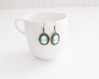 Victorian Lady White Green Earrings