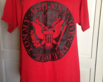 Original Rare Ramones Red Black T Shirt/POTUS Seal/Johnny Joey DeeDee Tommy/1970s/Medium Large/Screen Stars/Rock Concert/Punk Rock/SALE