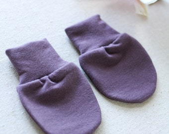 SALE! Lilac Bamboo No Scratch Baby Hand Mittens / Newborn Hand Mitts
