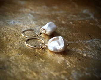 Baroque pearl bridal earrings | Large white keshi pearl drop earrings | Nugget pearl drop earrings | 14k gold fill bridesmaid | Gift for her