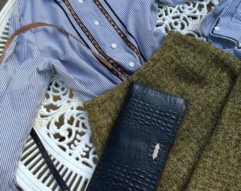 Vintage 60s tweed skirt approx UK 4/6 US 1/2 W 22 in 56 cm, Dereta of London.