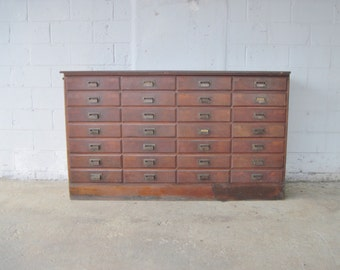 LONG Antique WILMARTH 28 Drawer Wooden Apothecary Cabinet Parts Bin Card Catalog General Store TV Console Entryway