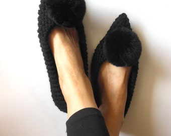 Pointed Toe Flats, Black Flats, Wool Slippers, Witches shoes, NON-SLIP slippers, Gift wrapping, Fur Pom Pom, Ballet flats, Handmade Slippers
