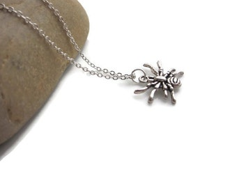 SALE Spider necklace, insect jewellery, mens necklace, Gothic jewellery, nature necklace
