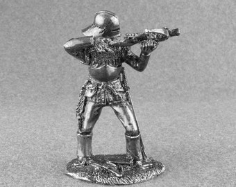 Medieval crossbowman. Infantry. Tin toy soldiers. Collection 54mm 1/32 miniature figurine #Kn-18
