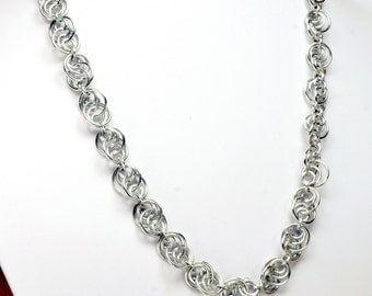 Silver Loop-to-Loop Chainmaille Necklace