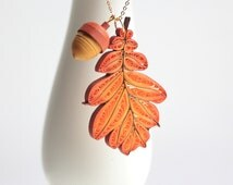 Paper Oak Leaf and Acorn Necklace. Handmade Paper Quilling Jewelry. Autumn Leaf Pendant.